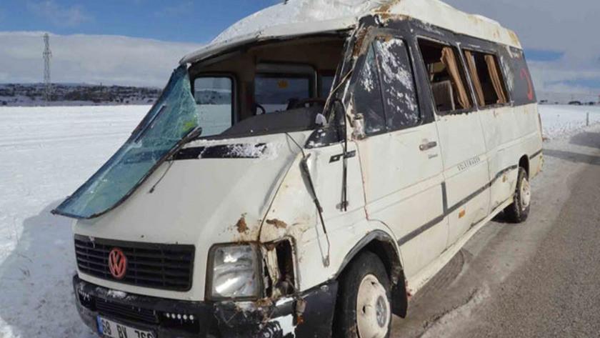 Aksaray'da işçi servisi kaza yaptı