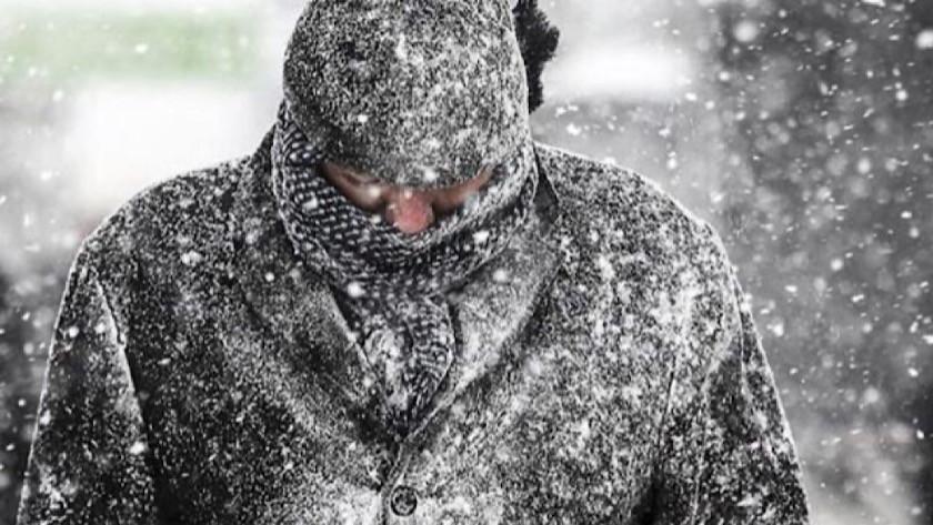 İstanbul'a bahar değil kar geliyor!