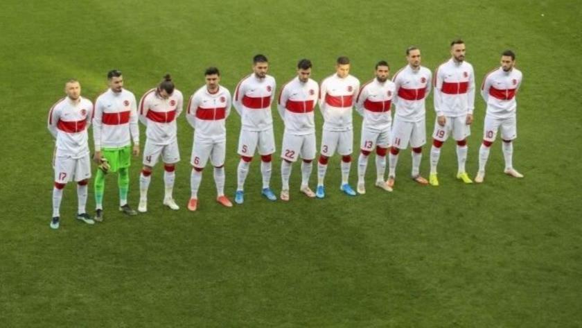 8 futbolcu Milli Takım kadrosundan çıkarıldı