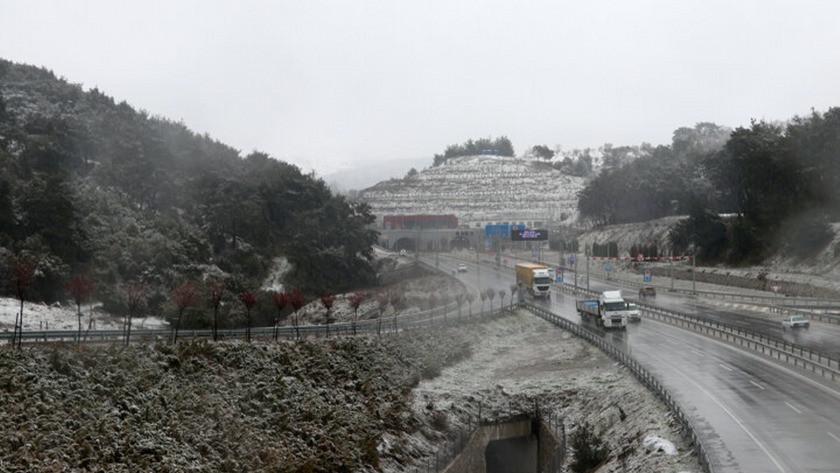 İzmir'e 1 Nisan şakası! Nisan ayında kar yağdı