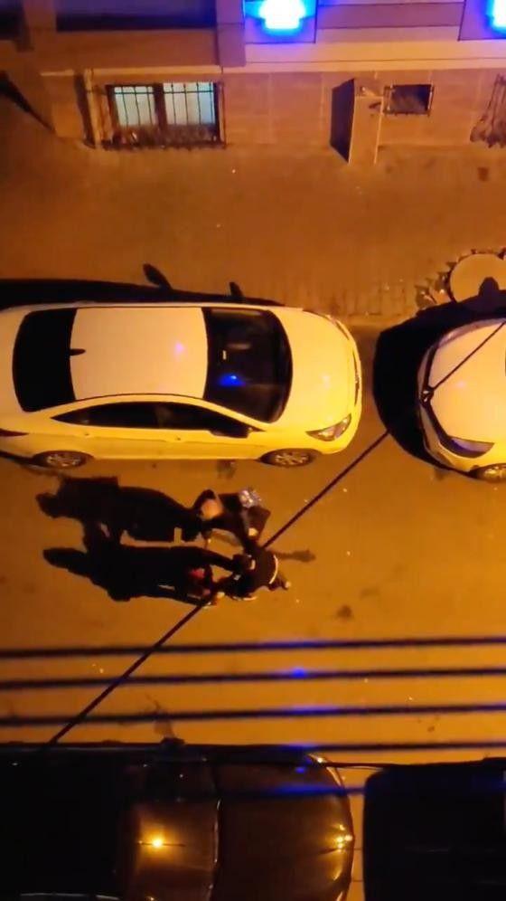 Küçükçekmece'de sokak ortasında kadına şiddet! Darp edildiği anlar kamerada! video izle - Sayfa 1
