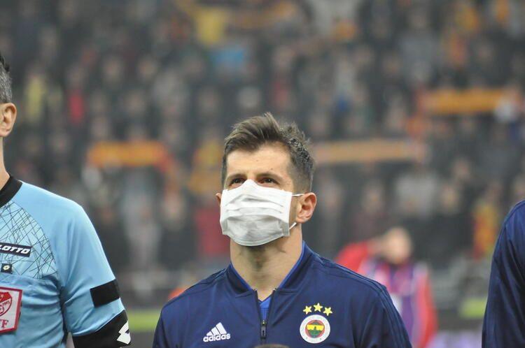 Fenerbahçe'de 8 ayrılık kapıda! İşte Emre Belözoğlu'nun hazırladığı rapor... - Sayfa 1