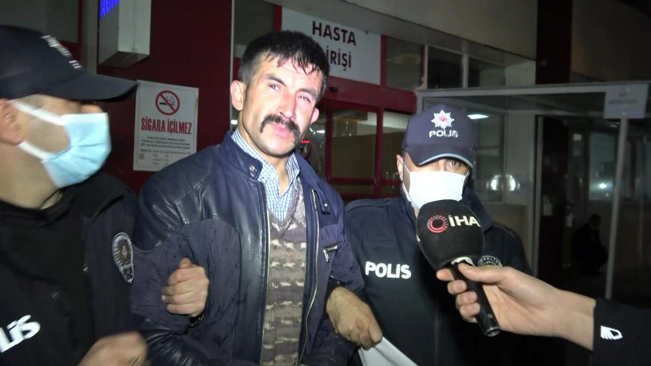 Bursa Ulu Camiye balyozla saldıran şahıstan ilginç Ayasofya savunması! Bakın neden saldırmış! video - Sayfa 1