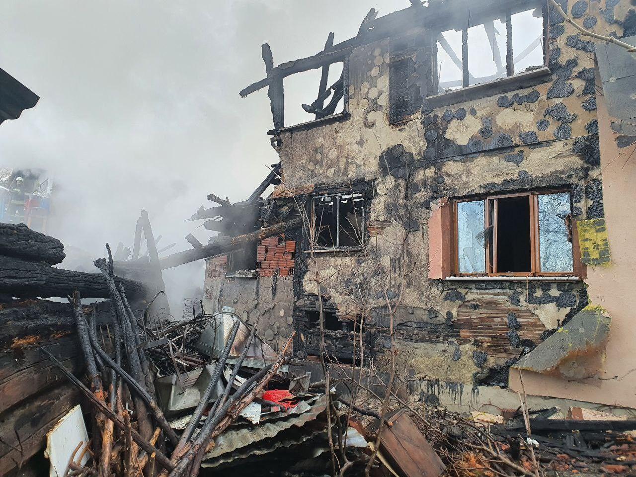 Kastamonu'd 4 evin kül olduğu yangının boyutu gün ağarınca ortaya çıktı! video izle - Sayfa 2