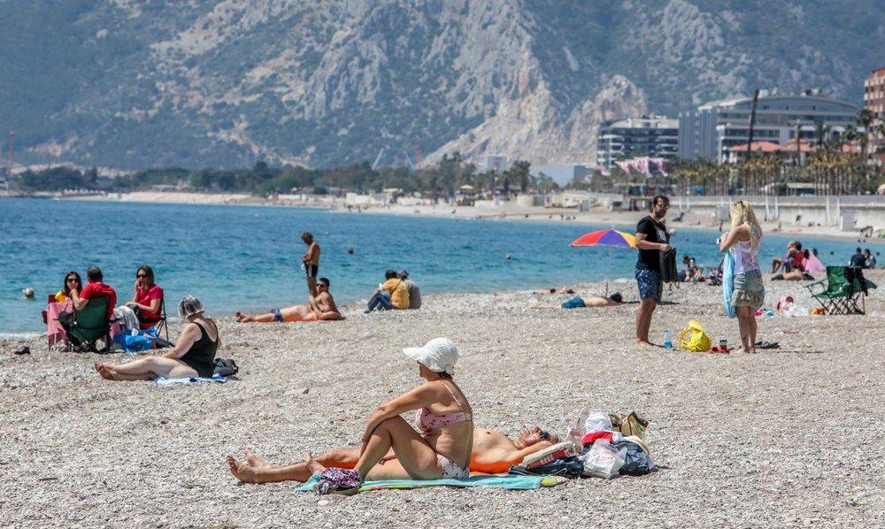 Tam kapanma öncesi Antalya'da sahillerde yoğunluk - Sayfa 4