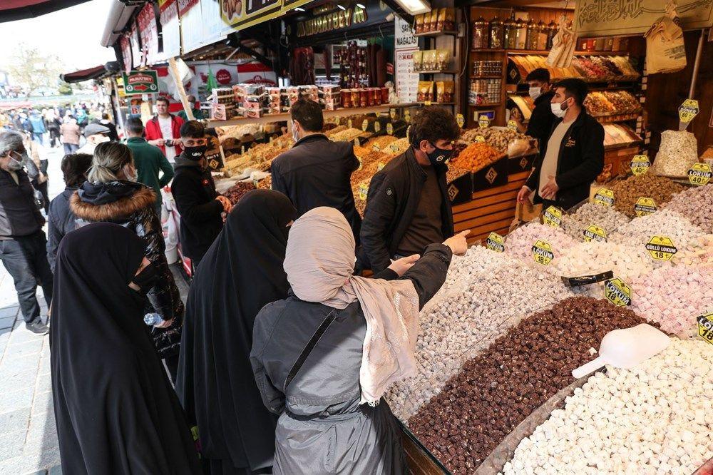 İstanbul Eminönü'nde 'kapanma alışverişi' yoğunluğu - Sayfa 4