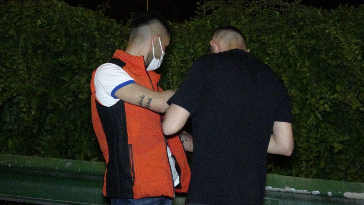 Kısıtlamada uyuşturucu partisi polis aracına çarpınca bitti! video izle - Sayfa 3
