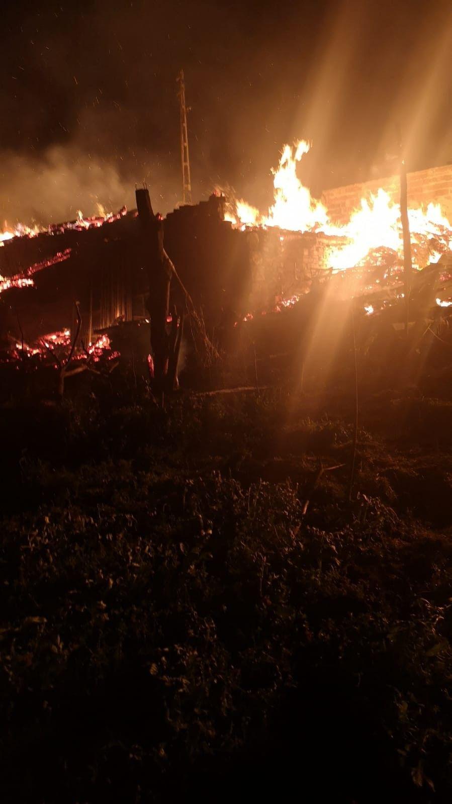 Kastamonu'da yanan 4 evde anne ve kızı feci şekilde can verdi! video - Sayfa 2
