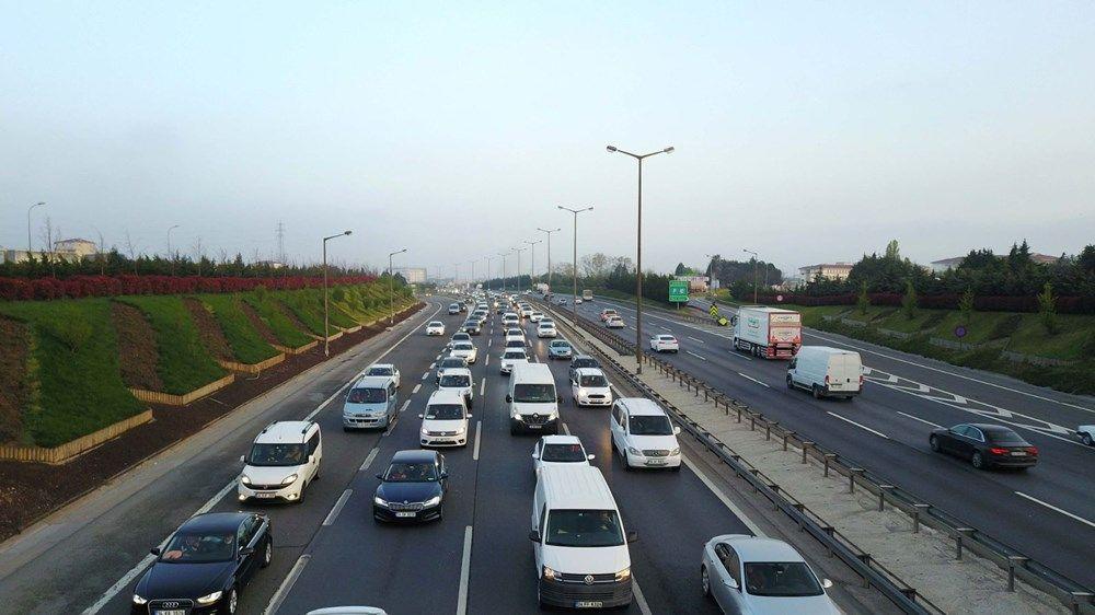 Tam kapanma öncesi kaçışlar sürüyor! İstanbul'da trafik yoğunluğu - Sayfa 3