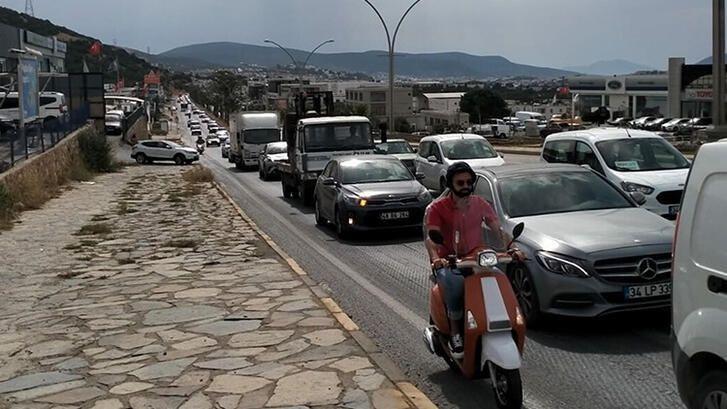 Bodrumda kaos yaşanıyor! 3 günde, günlük 8 bin araç giriş yaptı - Sayfa 2