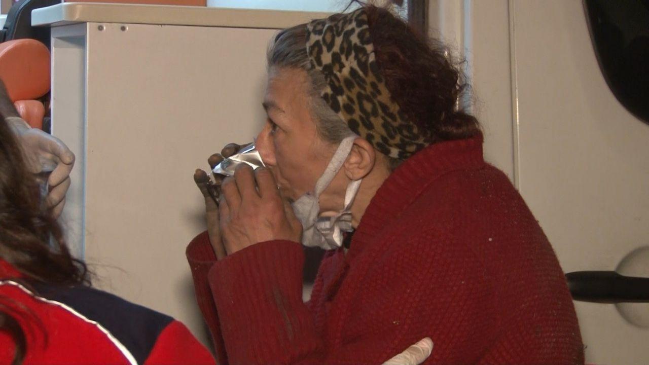 Gece vakti korkutan çığlıklar! Yaşlı kadın açık bırakılan kanalizasyon çukuruna düştü! video - Sayfa 3