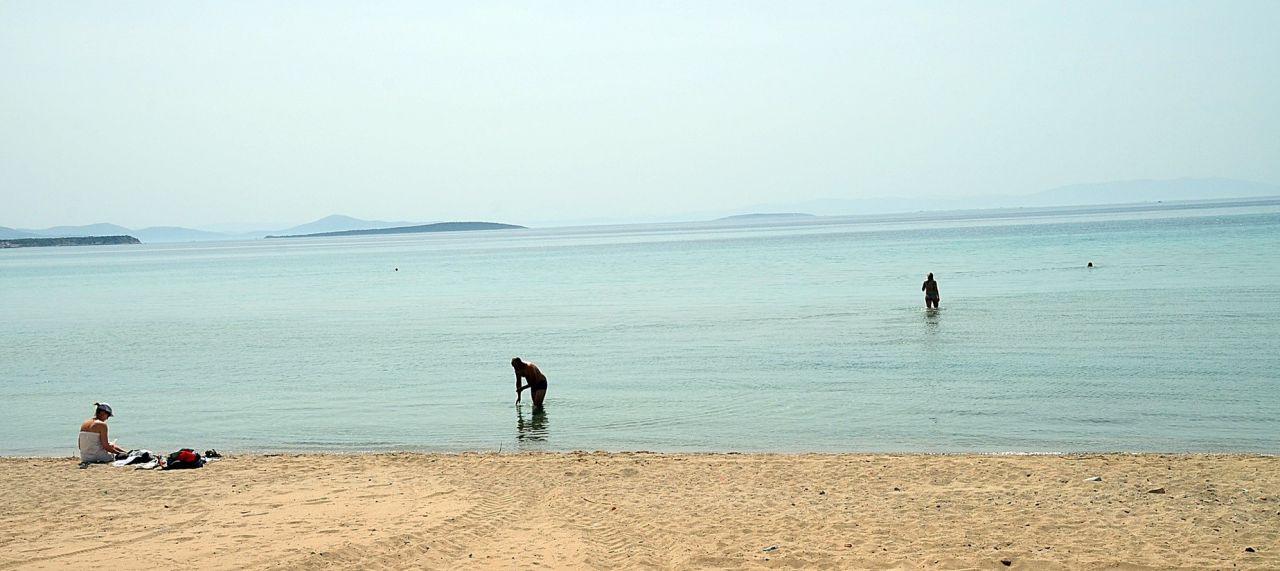 Kapanmayı fırsat bilip tenha plajda çırılçıplak denize giren turist pes dedirtti - Sayfa 4