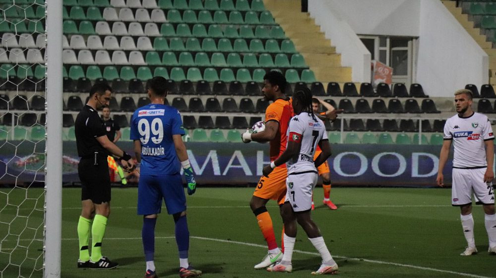 Denizlispor - Galatasaray Maç Özeti ve Golleri İzle   Maçtan unutulmaz kareler - Sayfa 4