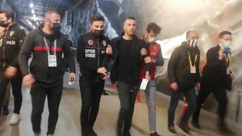 Beşiktaşlı Ghezzal'ın menajeri, maç sonunda gözaltına alındı!