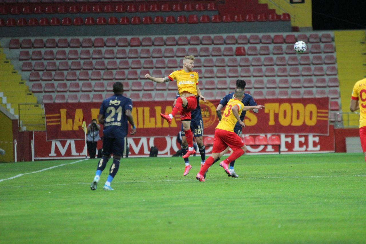 Kayserispor - Fenerbahçe Maç Özeti ve Golleri İzle | Maçın unutulmaz kareleri - Sayfa 4