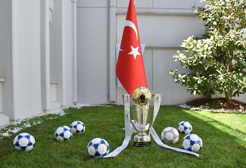 Beşiktaş, Galatasaray ve Fenerbahçe'nin muhtemel ilk 11'i - Sayfa 1
