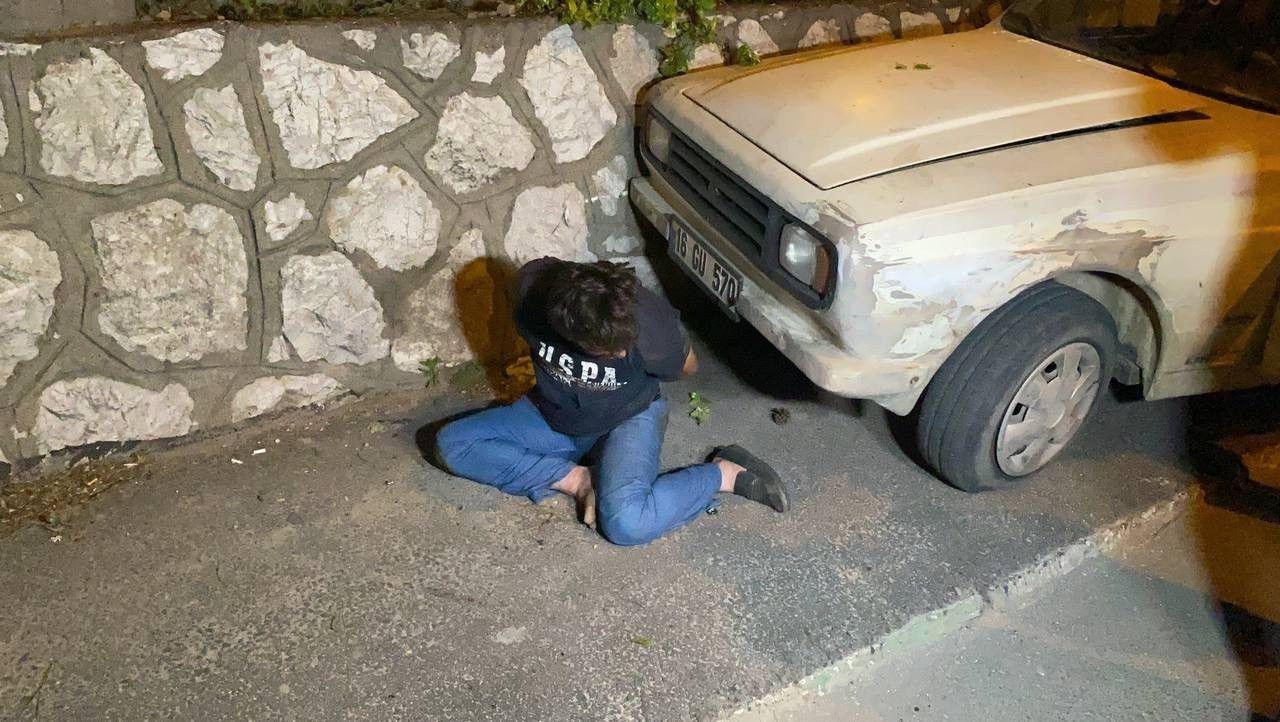 """Kısıtlamada boş yolda duvara çarpan sürücüden polise: """"Ben kaza yapmadım. Siz beni soyuyorsunuz"""" - Sayfa 2"""