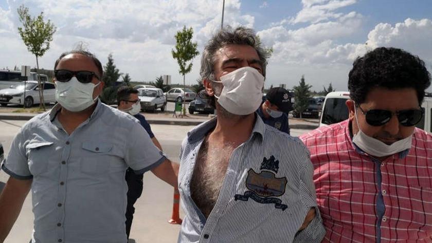 Akrasay'da korkunç olay! Birlikte yaşadığı kadını 9 yerinden bıçakladı