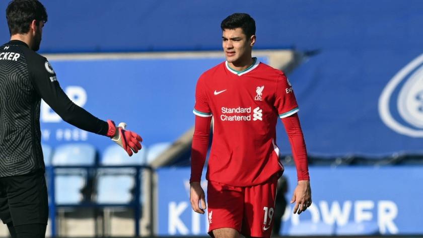 Ozan Kabak için Leicester City ve RB Leipzig devrede