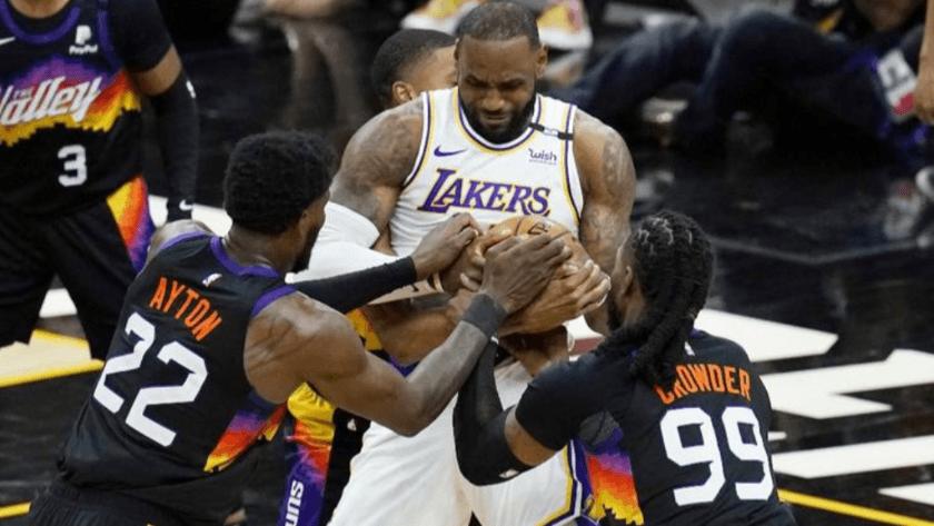 Lakers, Phoenix deplasmanında mağlup oldu!