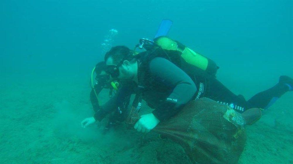 Ata Demirer, etkili olan deniz salyasını Ege'da fotoğrafladı - Sayfa 3
