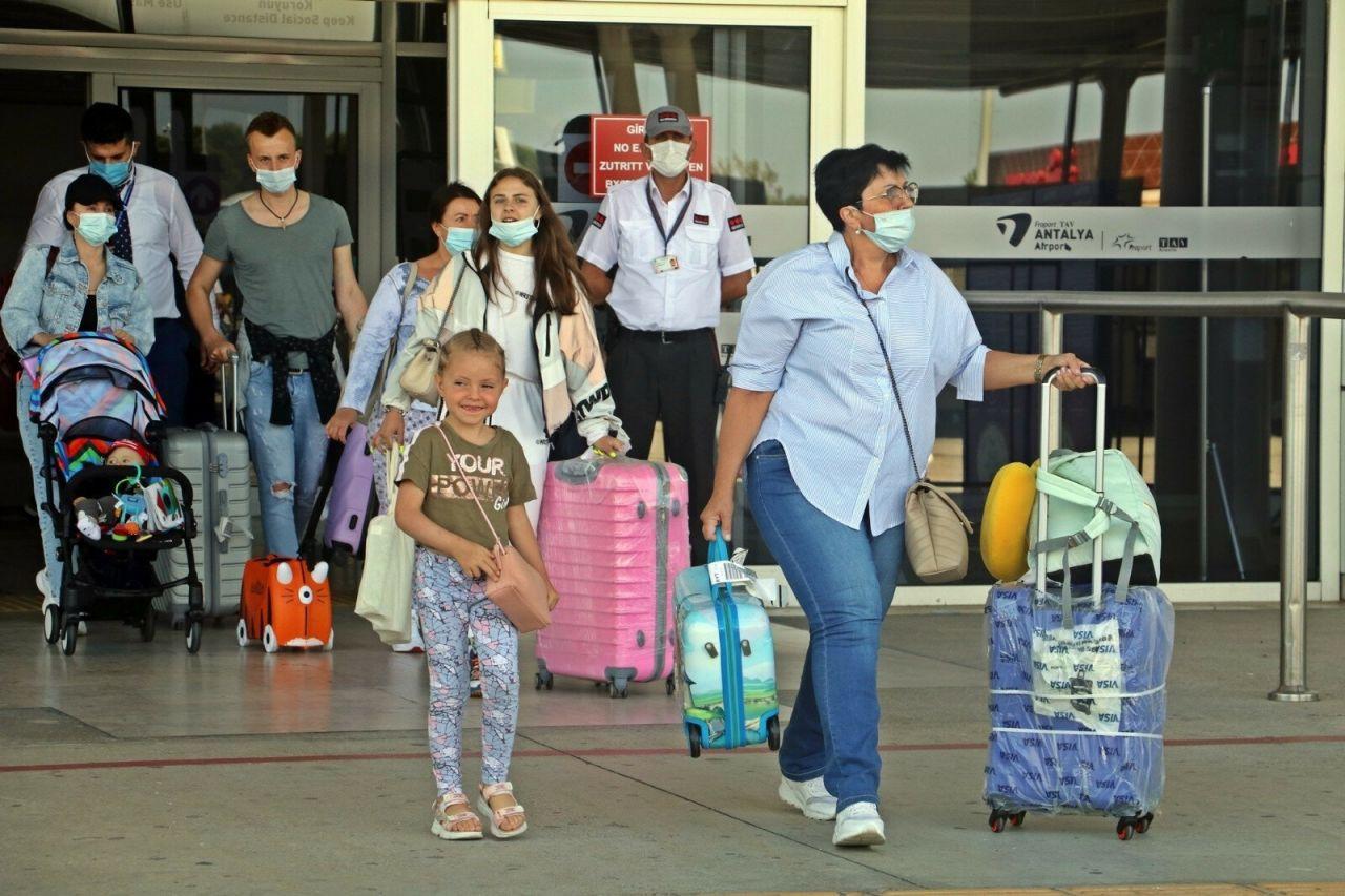 Turistler Vaka sayıları düşünce rotayı yeniden Antalya'ya çevirdiler - Sayfa 3