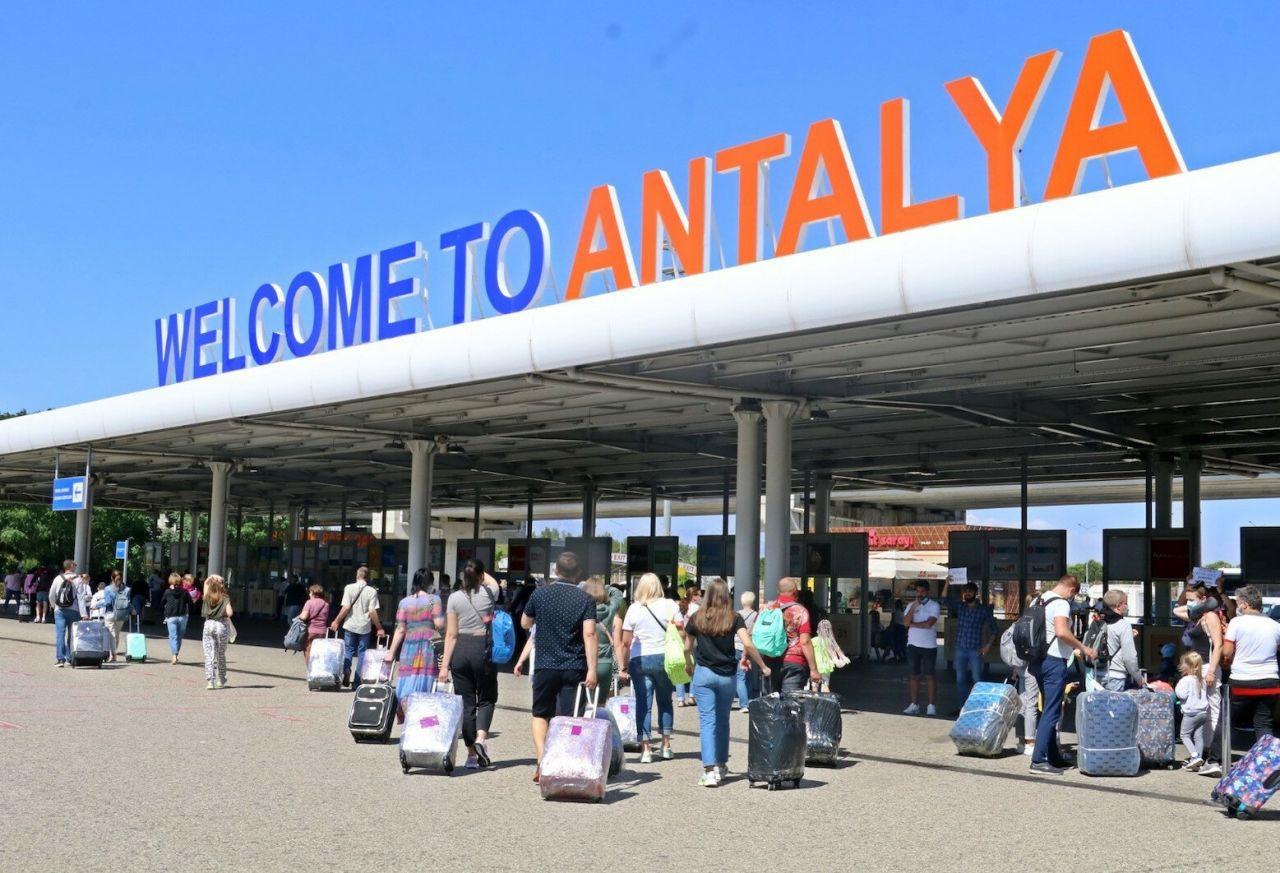 Turistler Vaka sayıları düşünce rotayı yeniden Antalya'ya çevirdiler - Sayfa 4