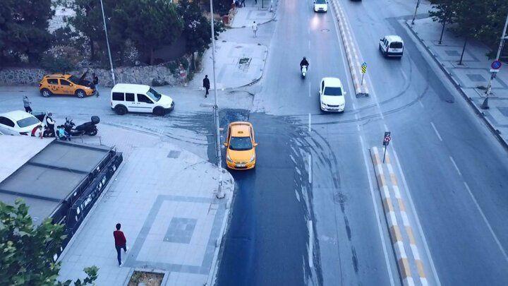 İstanbul Esenyurt'ta rögarlardan mavi sular fışkırdı! - Sayfa 2