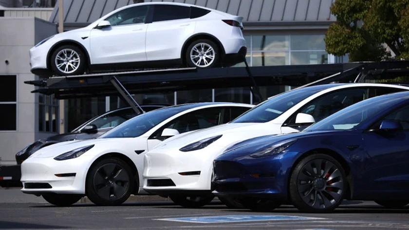 Tesla güvenlik tehlikesi nedeniyle 285 bin aracını geri çağırdı!