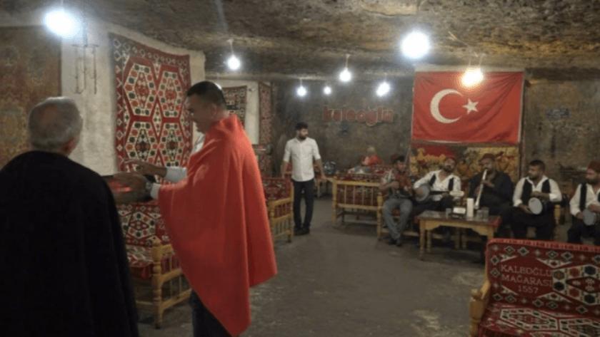 Gaziantep'teki 500 yıllık mağarada dışarısı 45 derece içerisi 10...