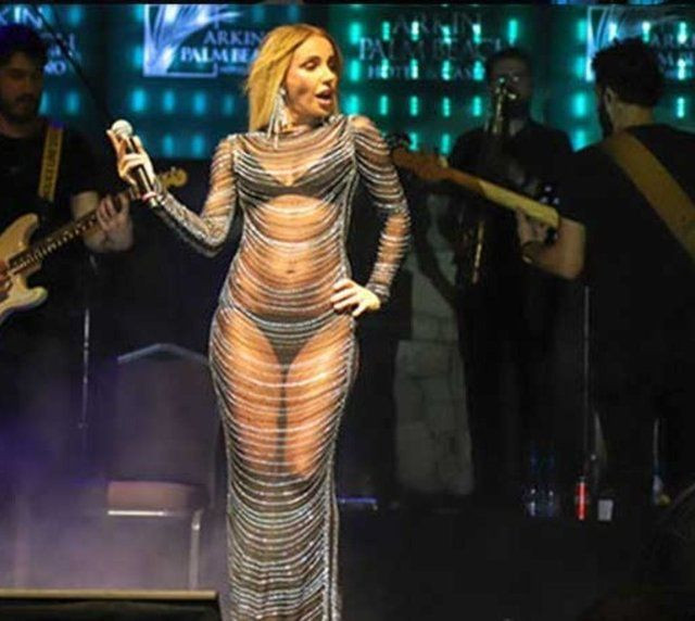 Gülşen'in transparan sahne kıyafeti geceye damga vurdu! - Sayfa 4