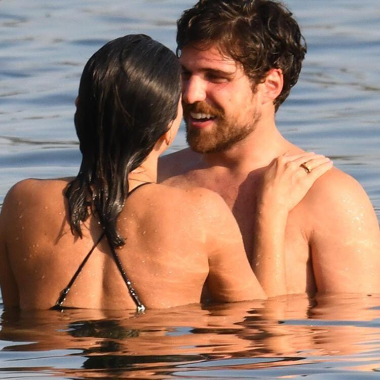 40 yaşındaki Nihal Yalçın genç sevgilisiyle ilk kez öpüşürken görüntülendi! - Sayfa 3