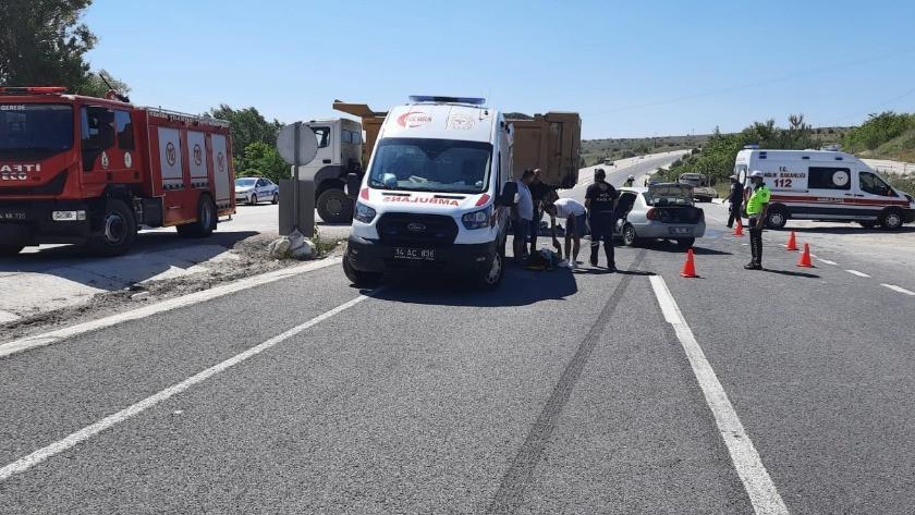 Otomobil kamyona çarptı! 1 kişi öldü, 6 kişi yaralandı