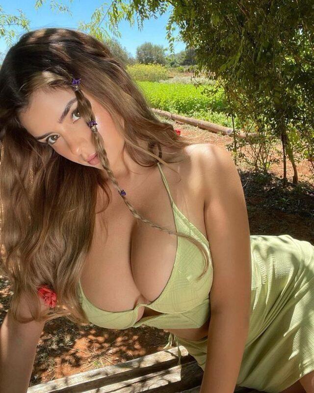 Demi Rose, yeşil bikinisiyle hayranlarını mest etti! - Sayfa 2