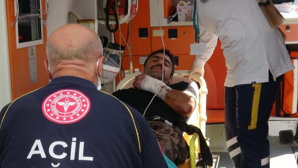 Kurban kesimi başladı. Acemi kasaplar hastaneleri doldurdu - Sayfa 1
