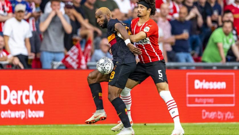 Galatasaray PSV Eindhoven'e deplasmanda 5-1 kaybetti