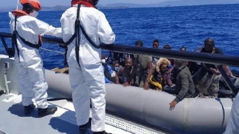 İzmir'de göçmen kaçakçılığı operasyonu! 344 göçmen kurtarıldı
