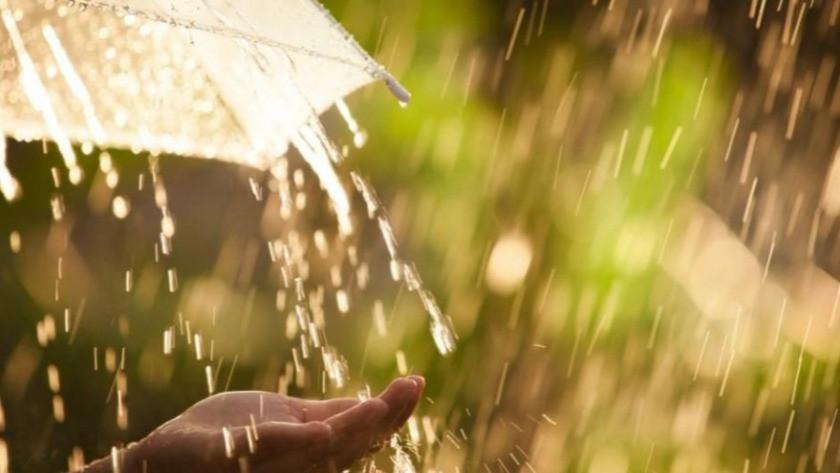 Meteoroloji'den Orta ve Doğu Karadeniz için 'şiddetli yağış' uyarısı