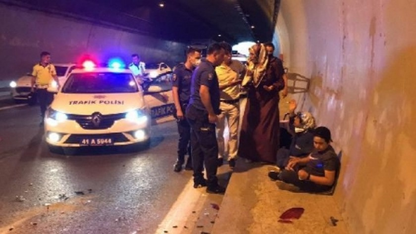 İzmit'te zincirleme kaza! 5 kişi yaralandı...