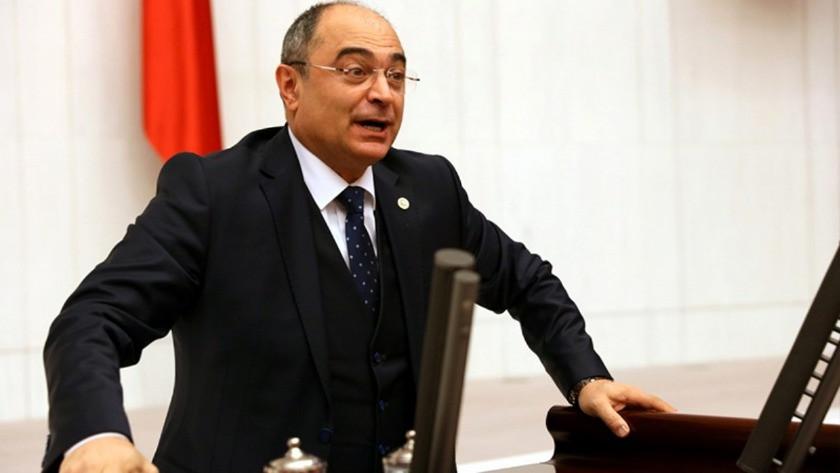 CHP Milletvekili polisin kimlik sorusuna sinirlendi: TBMM albümüne bak