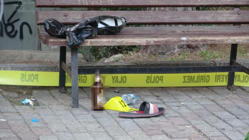 Parkta bıçaklı sopalı kavgada 1 kişi öldü, 3 kişi yaralandı