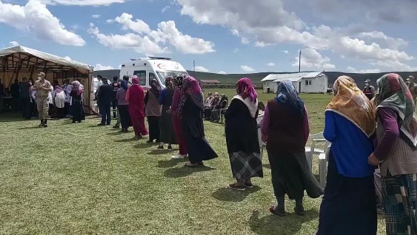 Ardahan'daki yaylada metrelerce uzunlukta aşı kuyruğu