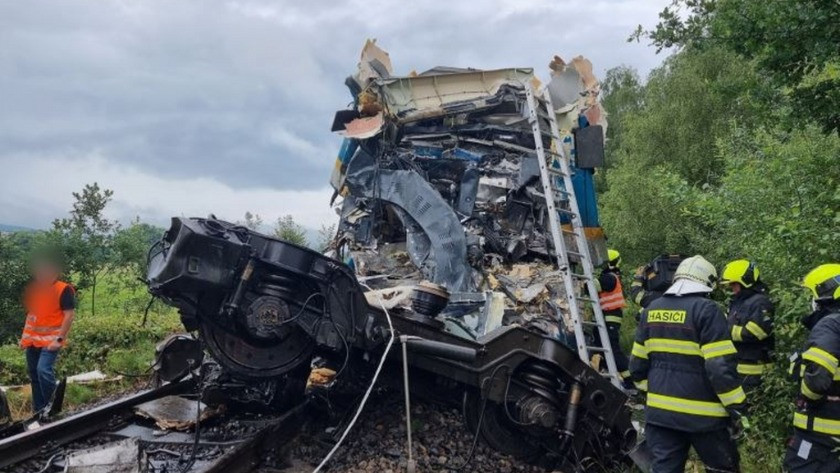 Çekya'da tren kazası! Çok sayıda ölü ve yaralılar var