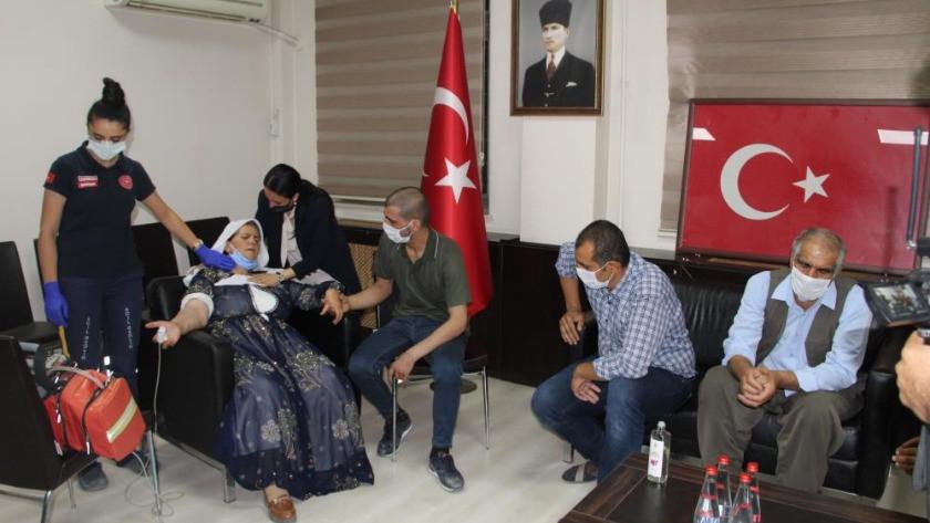Teslim olan PKK'lı terörist, ailesiyle buluşturuldu