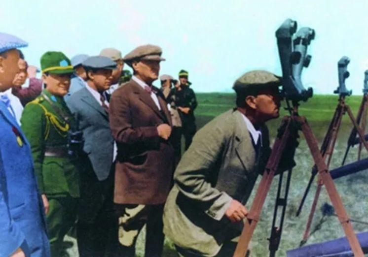 Genelkurmay arşivinden Atatürk'ün renkli fotoğrafları ! - Sayfa 2