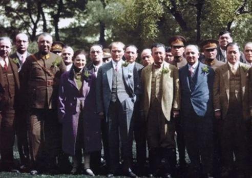 Genelkurmay arşivinden Atatürk'ün renkli fotoğrafları ! - Sayfa 3