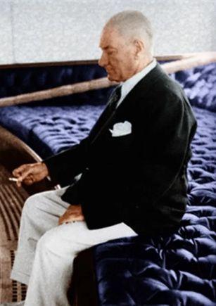 Genelkurmay arşivinden Atatürk'ün renkli fotoğrafları ! - Sayfa 4