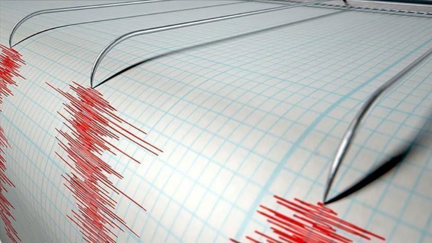 Gece yarısı depremler korkuttu! Çeşme ve Kaş sallandı