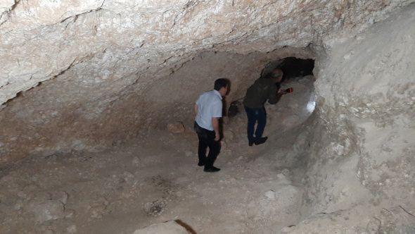 Fosseptik çukuru kazarken tesadüfen buldular! Uzunluğu 80 metre - Sayfa 3