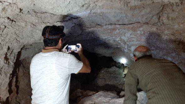 Fosseptik çukuru kazarken tesadüfen buldular! Uzunluğu 80 metre - Sayfa 1